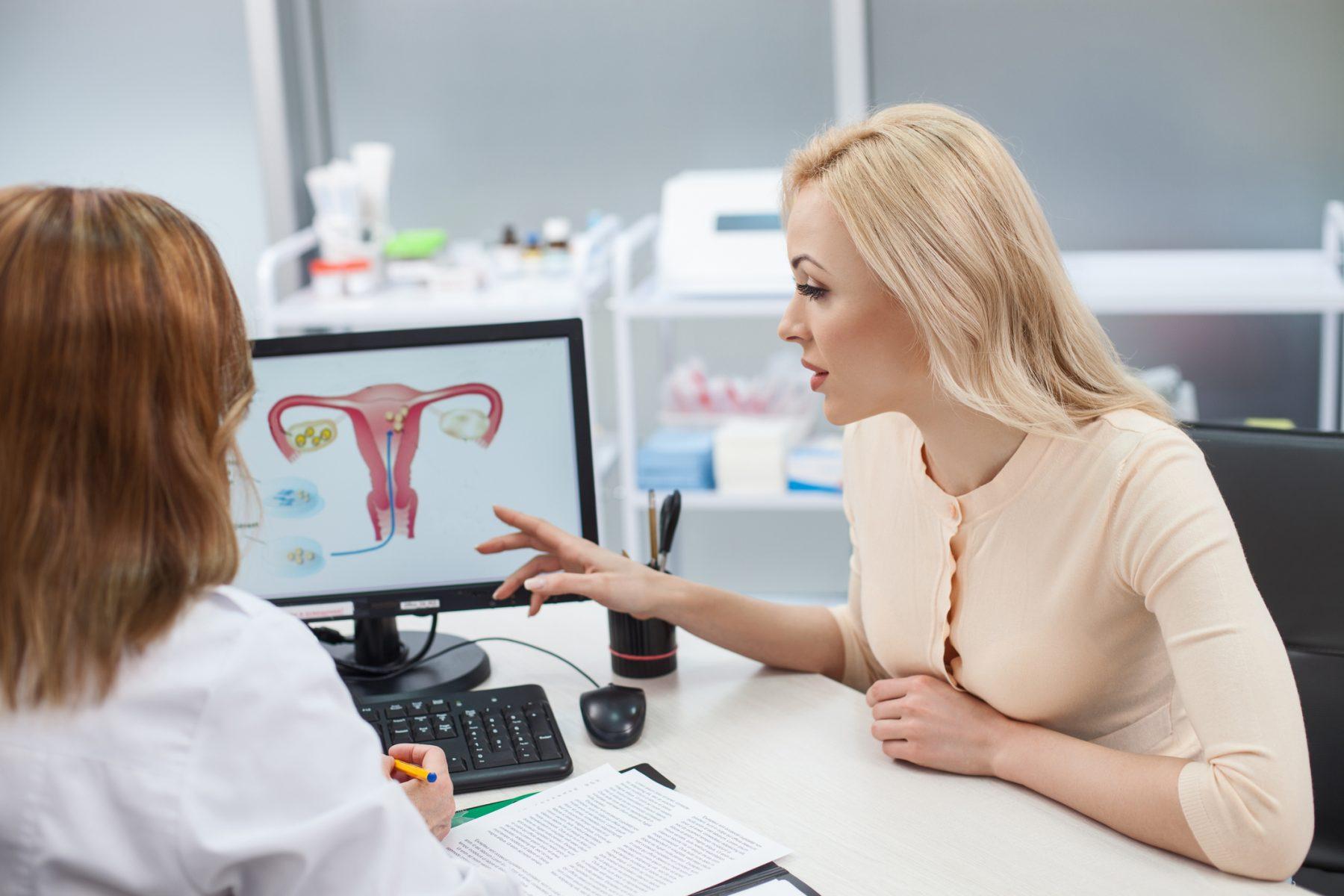 Te lo contamos todo sobre los miomas uterinos, sintomas y como afectan a la fertilidad femenina de la mano de la Doctora Margalida Vicens ginecóloga especialista en IFER